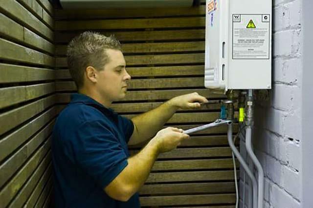 Обслуживание и ремонт газовой водогрейной колонки