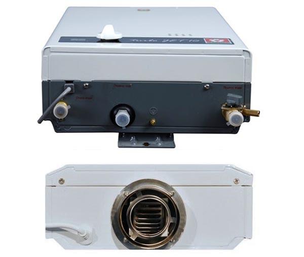 Проточный водонагреватель – вид сверху и снизу