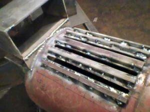 Колосниковая решетка в стенке газового баллона