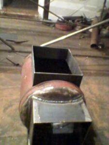 Отверстие в топке для монтажа теплообменника