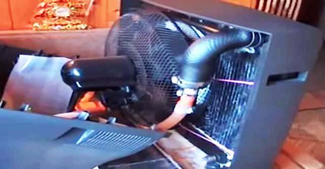 Охолоджувач повітря з вентилятора і старого телевізора
