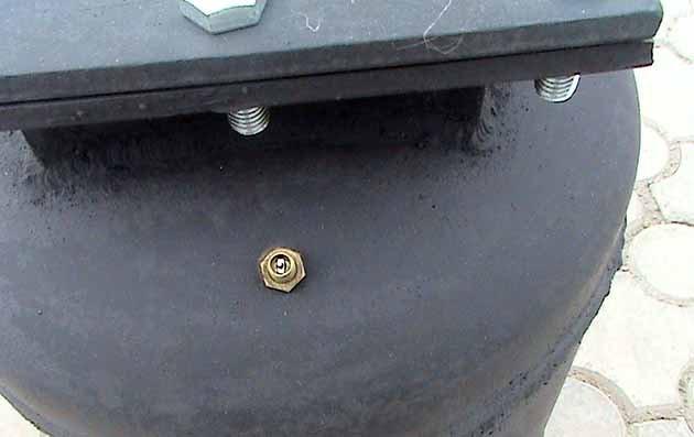Вентиль для накачивания автоклава воздухом
