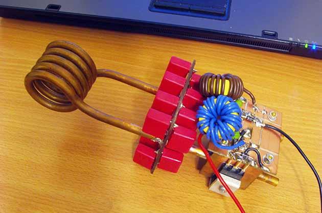 Собранная схема магнитного нагревателя