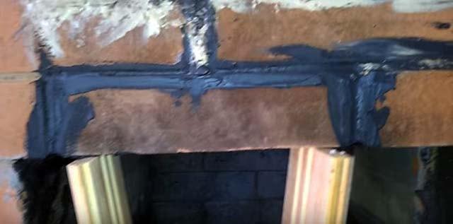 Герметизація пічної стінки вогнетривкою пастою