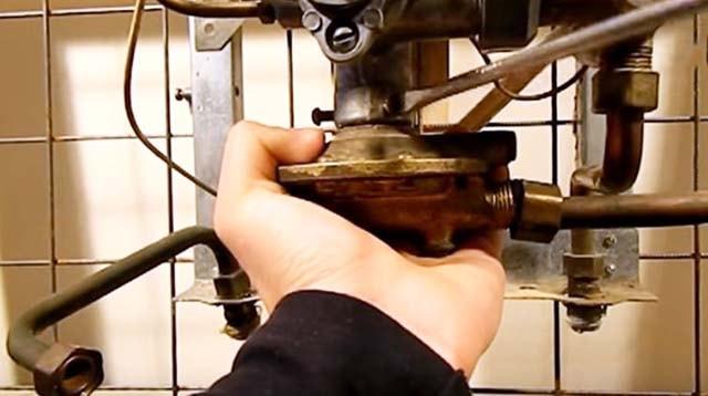 Кріплення водяного блока апарата Нева 3208