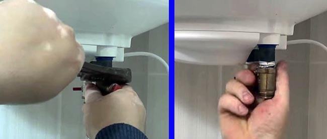 Как открутить предохранительный клапан накопительного бака