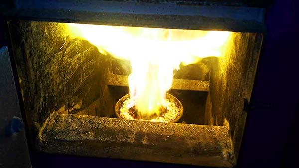 Как горит ретортная горелка